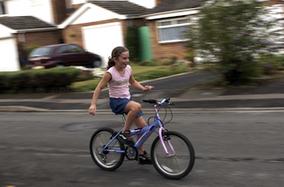 Accident de vélo : seuls 11% des enfants hospitalisés portaient un casque | RoBot cyclotourisme | Scoop.it