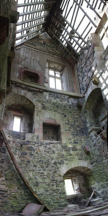 Hawick | Abandoned Houses, Cemeteries, Wrecks and Ghost Towns | Scoop.it