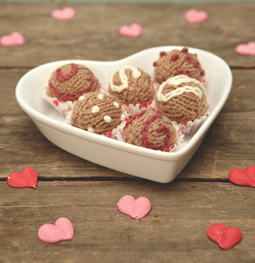 Eight by Six Gardening Blog: free Valentines knitting pattern   Cross Stitch and Needlework   Scoop.it