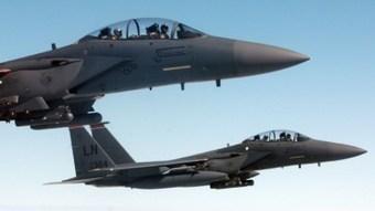 CNA: EEUU cesa sus bombardeos a ISIS tras despliegue del sistema antiaéreo ruso S-400 en Siria | La R-Evolución de ARMAK | Scoop.it