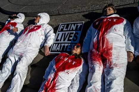#Women in #Flint protest #water crisis with 'die-in' outside treatment plant   Messenger for mother Earth   Scoop.it