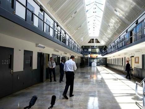 Obama Announces 214 More Sentence Commutations | drug war | Scoop.it