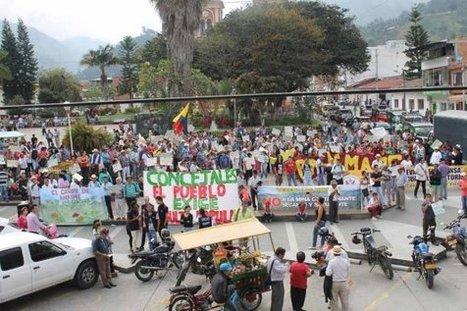 Colombia / Abogados se enfrentan a la locomotora minera | MOVUS | Scoop.it