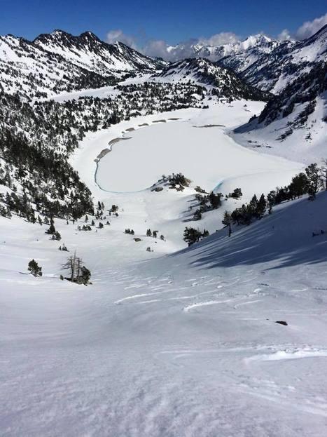 La neige est encore bien présente sur le Néouvielle - Loic Thévin | Vallée d'Aure - Pyrénées | Scoop.it