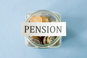 Think You're Too Young to Worry About a Pension? Think Again | Financial Independence | Scoop.it