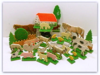 Vintage Wooden Farm Animals Farm Set Putz Germany 33 Pieces $85.00 | Vintage Passion | Scoop.it