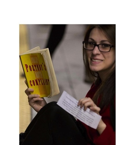 Photographer Docmuments What People Are Reading on the NYC Subway | Library world, new trends, technologies | Scoop.it