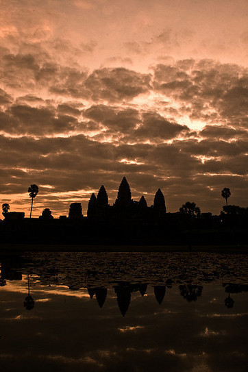 Dawn over Angkor Wat | World Travel | Scoop.it