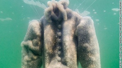 Gown of salt crystals rises from Dead Sea   Chain Letters from above   Scoop.it