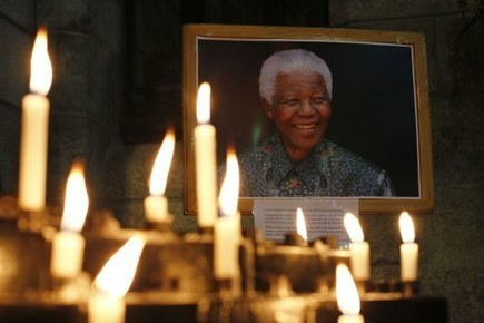 Nelson #Mandela Dies | News You Can Use - NO PINKSLIME | Scoop.it