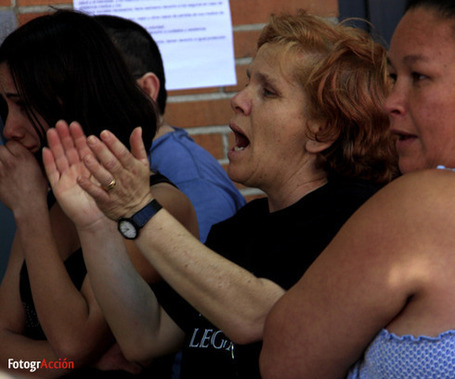 [Fotos] Desahucio aplazado en Pinto (c/ Cartuja) | pahbadajoz | Scoop.it