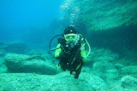 Charlotte Burns is youngest scuba diving instructor in the world aged just TWELVE | All about water, the oceans, environmental issues | Scoop.it