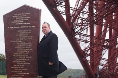 Alex Salmond unveils tribute to 'briggers' following 10-year Forth Bridge restoration project   Culture Scotland   Scoop.it