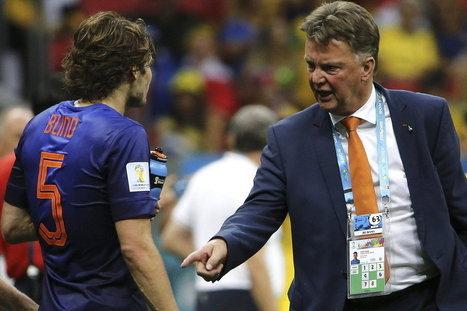 Se le escapará a Zubizarreta la oportunidad de fichar a Daley Blind? (Mundo Deportivo) | FC Barcelona world | Scoop.it