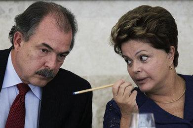 'No Brasil não tem 3 turnos', diz ministro sobre 'panelaço' - Notícias - R7 Brasil | Investimentos em Cultura | Scoop.it