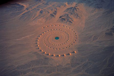 Desert Breath: A Monumental Land Art Installation in the Sahara Desert | Colossal | Stuff that Tweaks | Scoop.it