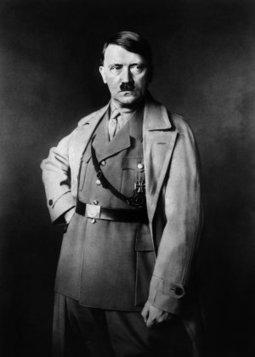 «No estamos a salvo de otro Hitler» - La Voz Digital (Cádiz)   Ciencias Sociales - Segunda Guerra Mundial   Scoop.it