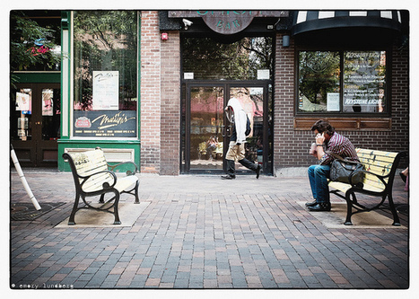 How to configure the FujiFilm X-E1 35mm lens for street photography. | Free Camera Reviews | Scoop.it