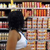 Consommation : une baisse en trompe-l'oeil - Le Monde | news eco commerciales et pédagogiques en lp | Scoop.it