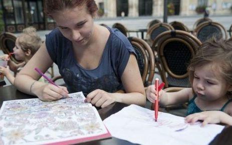 Les mamans aussi aiment colorier - La Parisienne | DIY pour enfants | Scoop.it