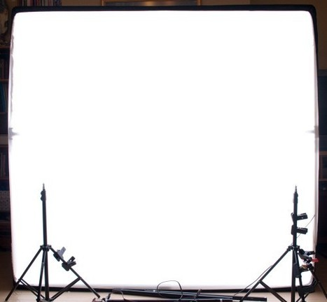 A Light Wall Of Light From Bed Sheets And PVC   Portrait Photography   Scoop.it