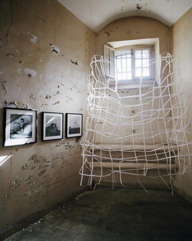 À la prison Sainte-Anne d'Avignon, l'art pris au piège de la réalité   MAISON : OBJET DESIGN+ART CONTEMPORAIN   Scoop.it