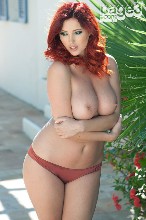 style-beauty-passion:<br/><br/>Lucy Collett for Page 3.Overwhelmed by... | Busty Boobs Babes | Scoop.it