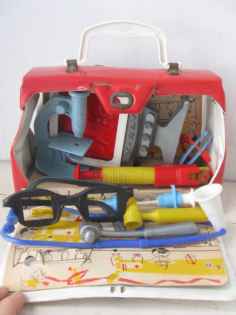 1960's Hasbro Junior Doctor Kit | Chummaa...therinjuppome! | Scoop.it