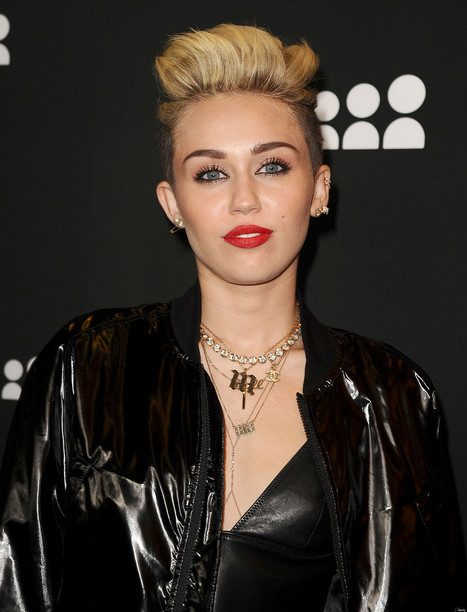 Miley Cyrus: 'We Can't Stop' Video Celebrates Female Sexual Liberation | We Can't Stop | Scoop.it