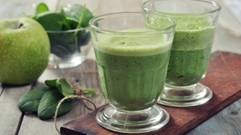 St. Patrick's Day Green Smoothie: Avocado and Date Combo - Foods4BetterHealth   General Topics   Scoop.it