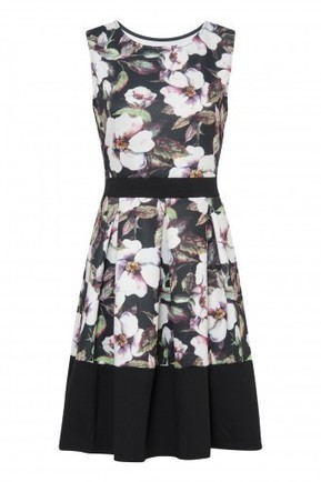 Fit and Flare Watercolour Floral Summer Dress | Celebrity Style | Scoop.it