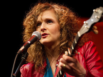 Abigail Washburn: Building US-China relations ... by banjo | Video on TED.com | Learning, Teaching & Leading Today | Scoop.it