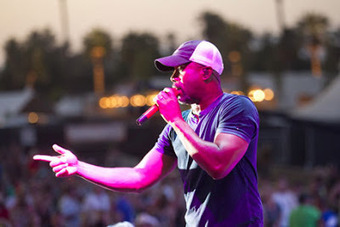 Darius Rucker Felt Compelled to Expose Racist Tweeter | Andrew Surwilo Franklin - The Perfect Musicians | Andrew Surwilo Franklin - The Perfect Musicians | Scoop.it