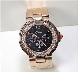 Rose Gold Black Bangle | Hot Geneva inspired watches | Scoop.it