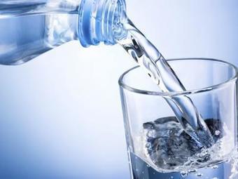 Beber mucha agua reduce el azúcar, el sodio y la ingesta de grasas   INTELIGENCIA GLOBAL   Scoop.it