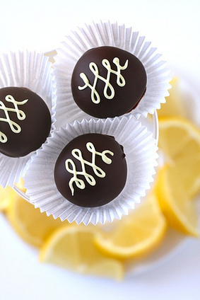 Lemon Chiffon Truffles | Annie's Eats | Chocolate cakes | Scoop.it