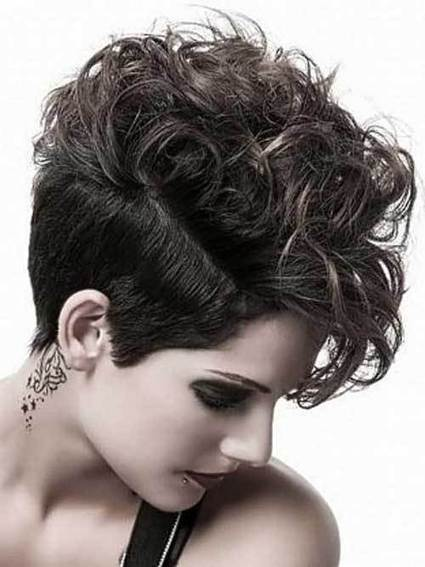 The Best Cuts For Short Curly Hairstyles | A Style Life | Beauty And Fashion | Scoop.it