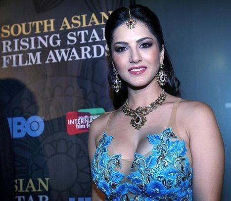 Sunny Leone Latest Pictures in Sky blue Flower Embroidered dress at Awards Function | Indian Ramp | CHICS & FASHION | Scoop.it