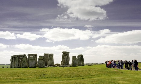 GB : Archaeologists looking for Stonehenge origins 'are digging in wrong place' | World Neolithic | Scoop.it