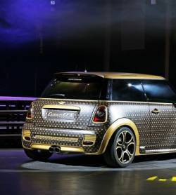 La Mini Cooper se met à la mode Louis Vuitton | Mais n'importe quoi ! | Scoop.it