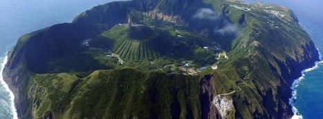 Aogashima Island – Living inside a Volcano   Oddity Central – Collecting Oddities   Ingeniería Geofísica   Scoop.it
