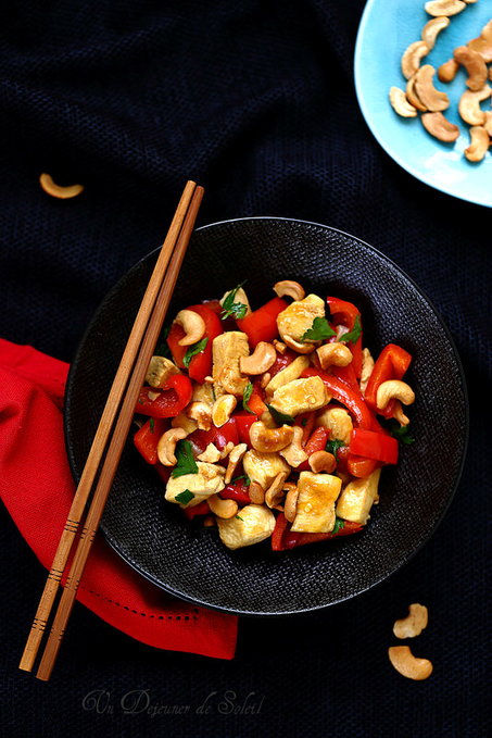 Poulet sauté aux poivrons et aux noix de cajou à la thaïlandaise   Chef, à table !   Scoop.it