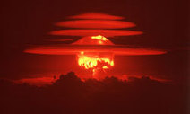 """HowStuffWorks """"What's Mutual Assured Destruction?"""" 