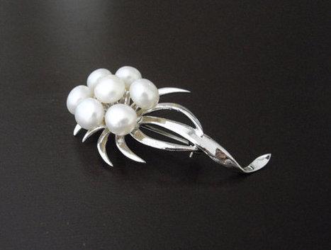 Vintage Sterling Silver Pearl Brooch, Genuine Pearl Brooch, Sterling Silver Brooch, Pearl Flower Brooch, Pearl Brooch   wedding  jewelry   Scoop.it