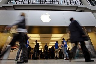 Smartphone storm may climax with iPhone 5 - MarketWatch | iPhones and iThings | Scoop.it