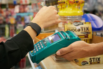Cash by Optus adds contactless bands and stickers to reach beyond Android owners • NFC World+ | QR Codes, Beacons & NFCs | Scoop.it
