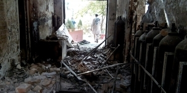 "Day Before Deadly #Kunduz Bombing, #US Official Asked if Any Taliban Were ""Holed Up"" At #MSF Hospital - #USWarCrimes #US 
