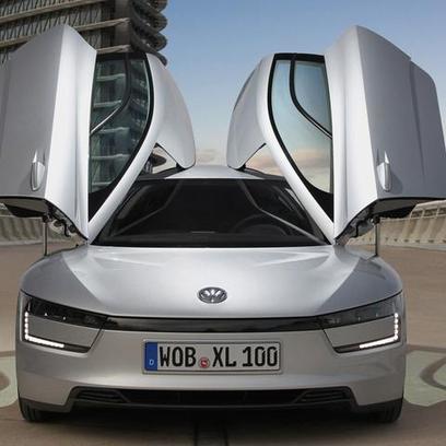 Futuristic Volkswagen Hybrid Gets 261 Miles Per Gallon | Nerd Vittles Daily Dump | Scoop.it