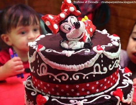 Profumo di cannella: Torta di compleanno Minnie Mouse - Glassa a specchio e ghiaccia   Ricette e preparazioni spiegate passo passo   Scoop.it