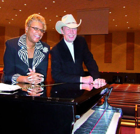 'Ebony and Ivory' to mix a little music and ministering tonight at the library | Tennessee Libraries | Scoop.it